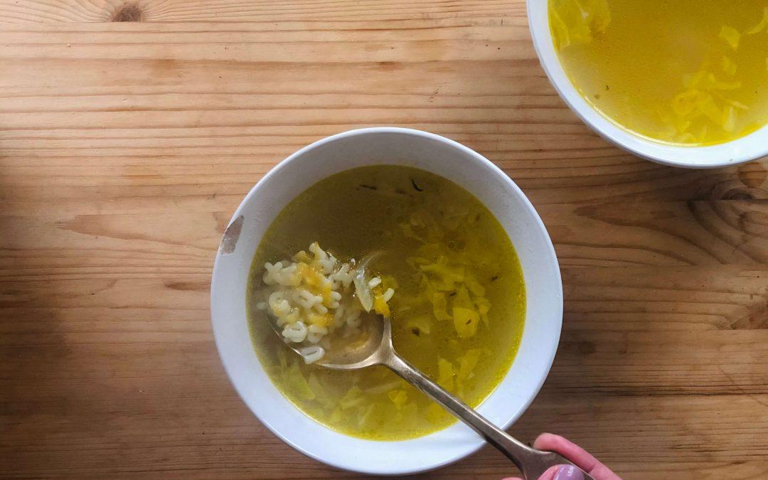 Como fazer uma canja vegana super deliciosa e nutritiva – receita vegana e detox!